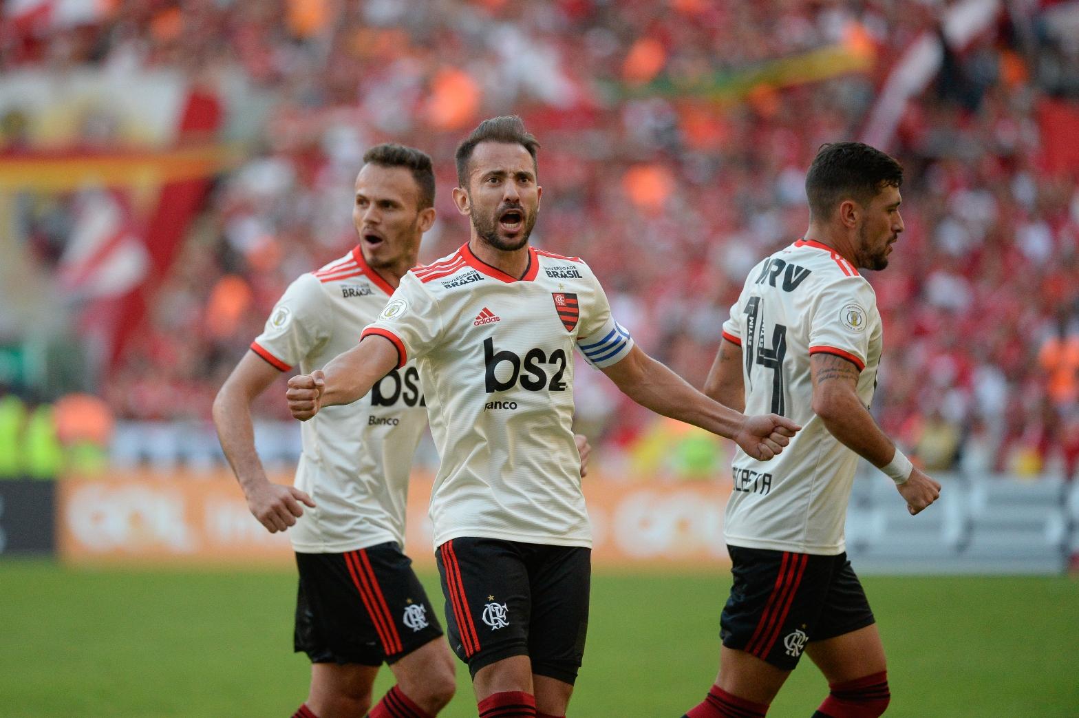 Flamengo 3 x 1 Internacional